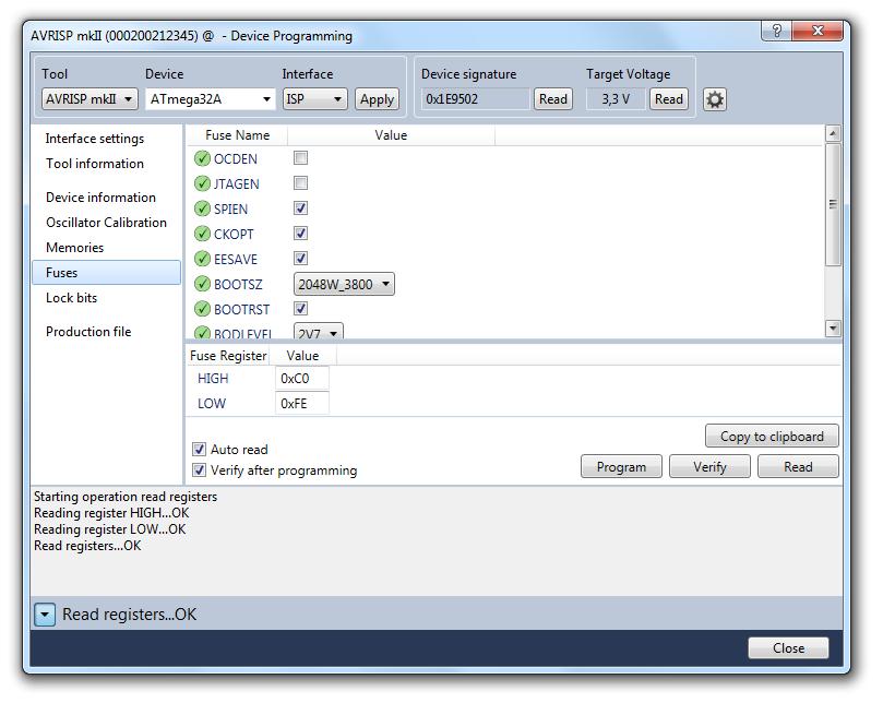 programator współpracuje także z najnowszą wersja Atmel Studio 6.2: