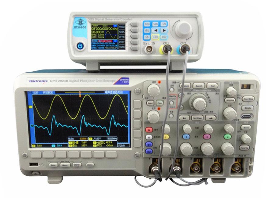 generator funkcyjny JDS6600 w połączeniu z oscyloskopem cyfrowym - obserwacja przebiegów