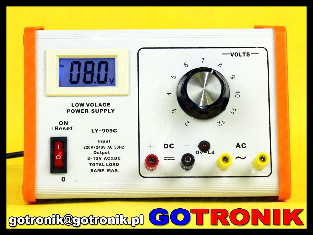 Zasilacz laboratoryjny LY-909C szkolny. Zasilacz z wyjściem napięcia stałego DC, oraz zmiennego AC. Regulacja napięcia ze skokiem 1V w przedziale 2V do 12V. Wydajność 5A.