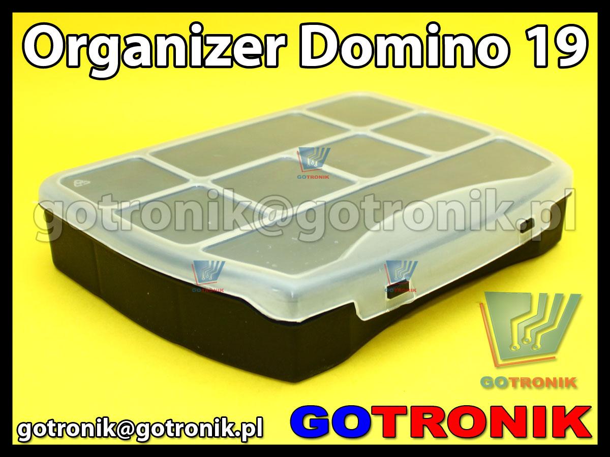 organizer domino 19 o wymiarach zewnętrznych: 190x155x37mm posiadający 9 przegródek, półprzeźroczystą pokrywę (transparentną) z zapięciem