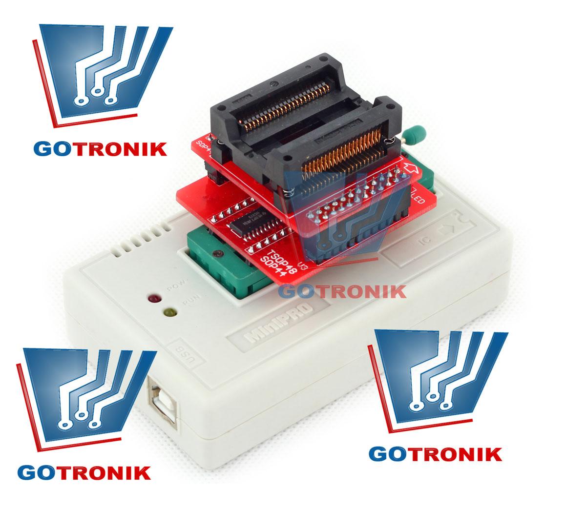 Przykładowe umieszczenie adaptera SN:004 + SN:001 w podstawce programatora TL866: