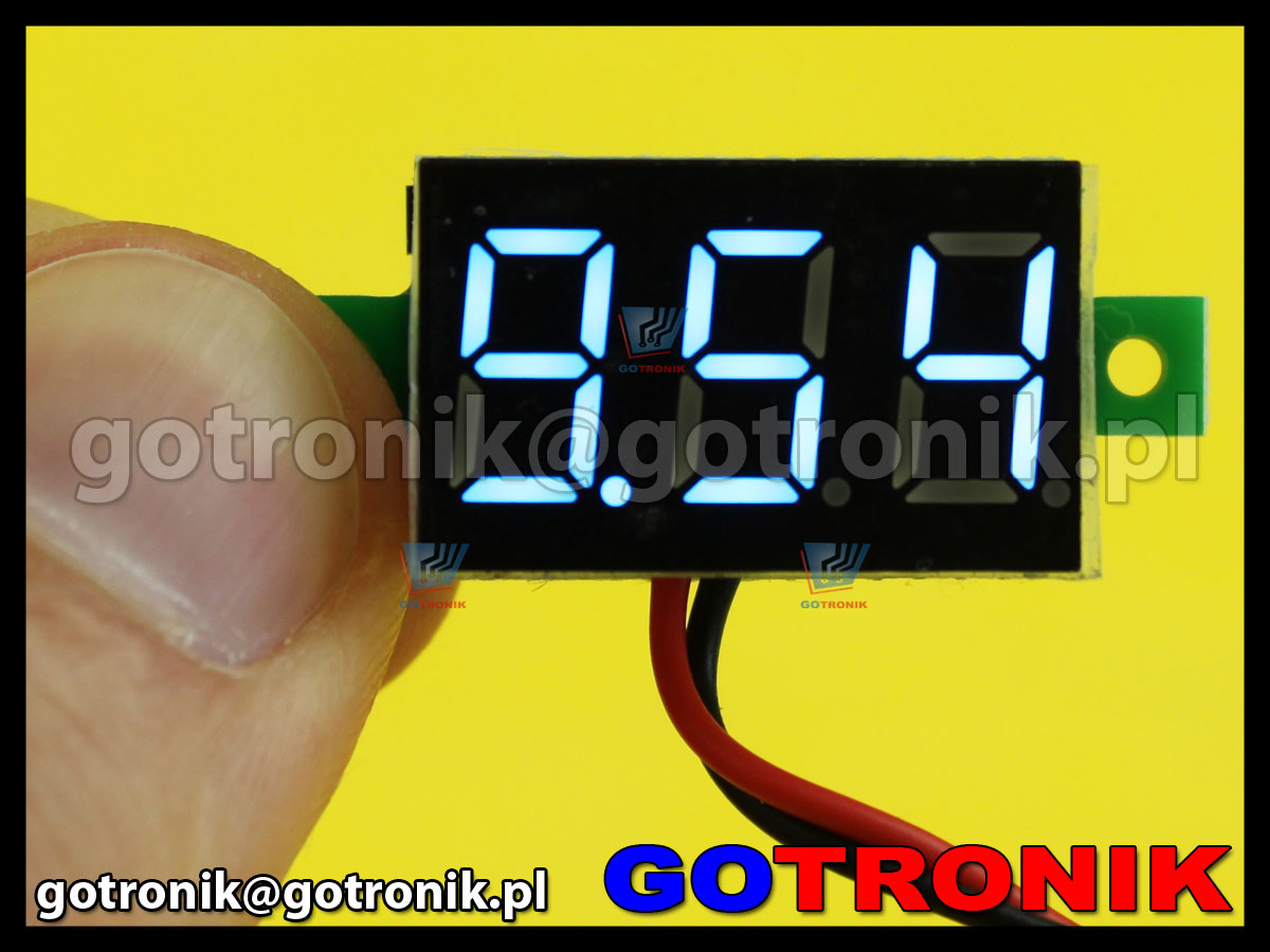 Woltomierz panelowy cyfrowy LED 3-30V niebieski