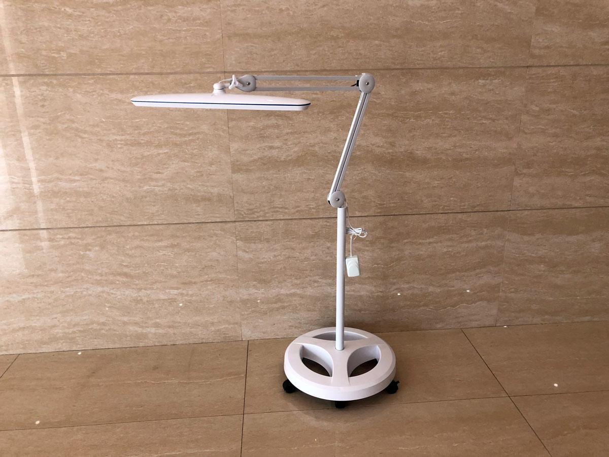 FS3 stojak do lampy kosmetycznej - 5 kółek - 3 półki o regulowanej wysokości LAM-088