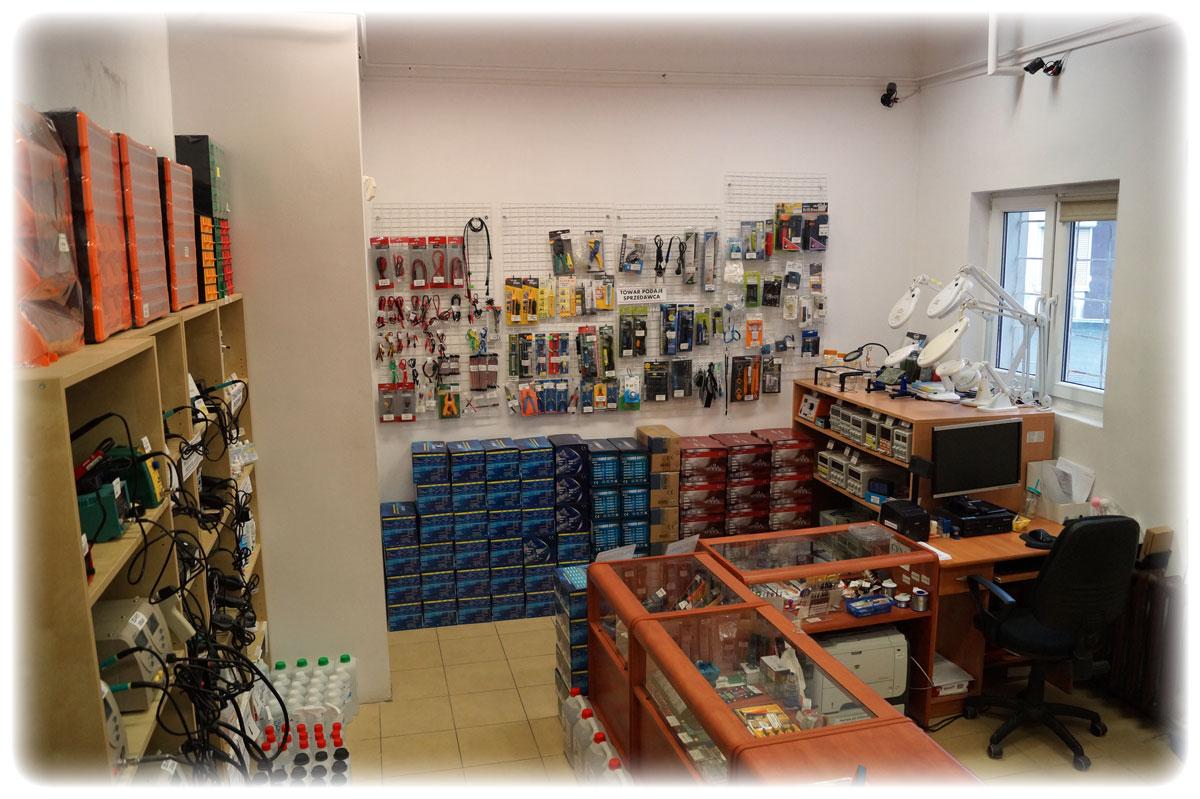 Gotronik ul. Bystrzycka 69C sklep dla elektroników, lampy z lupą dla serwisu, warsztatu, kosmetyczne