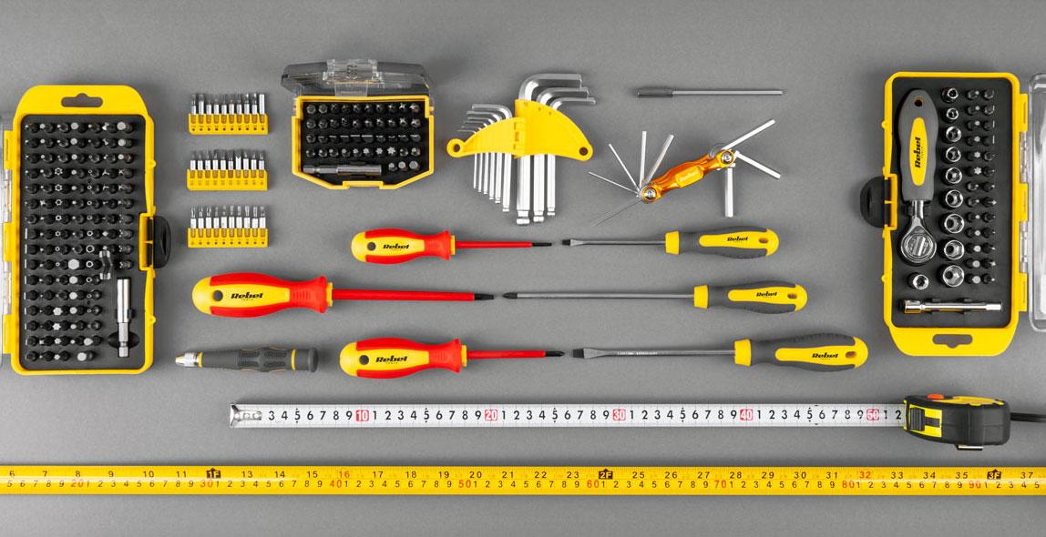 zestaw 8 śrubokrętów izolowanych płaskich i krzyżaków RB-1101 Rebel Tools