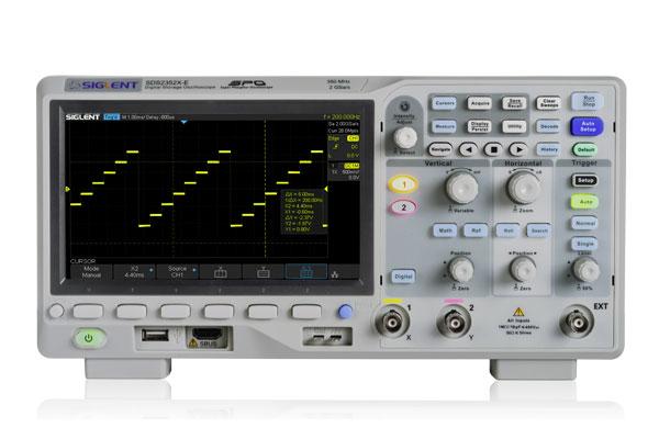 SDS2202X-E 200MHz 2GS/s Siglent oscyloskop dwukanałowy Super Phosphor 2GSa/s